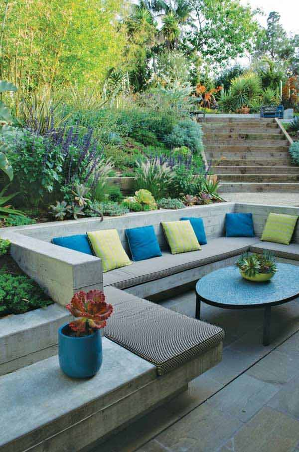 23 Simply Impressive Sunken Sitting Areas For a Mesmerizing Backyard Landscape homesthetics decor (12)