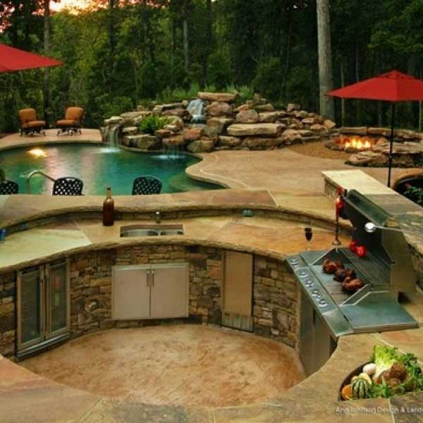 23 Simply Impressive Sunken Sitting Areas For a Mesmerizing Backyard Landscape homesthetics decor (22)