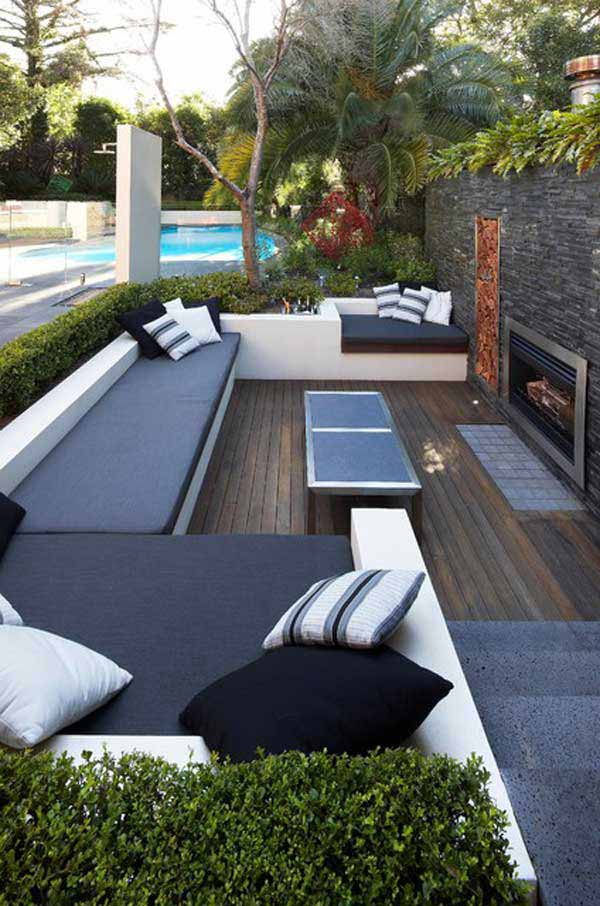 23 simply impressive sunken sitting areas for a mesmerizing backyard landscape. Black Bedroom Furniture Sets. Home Design Ideas