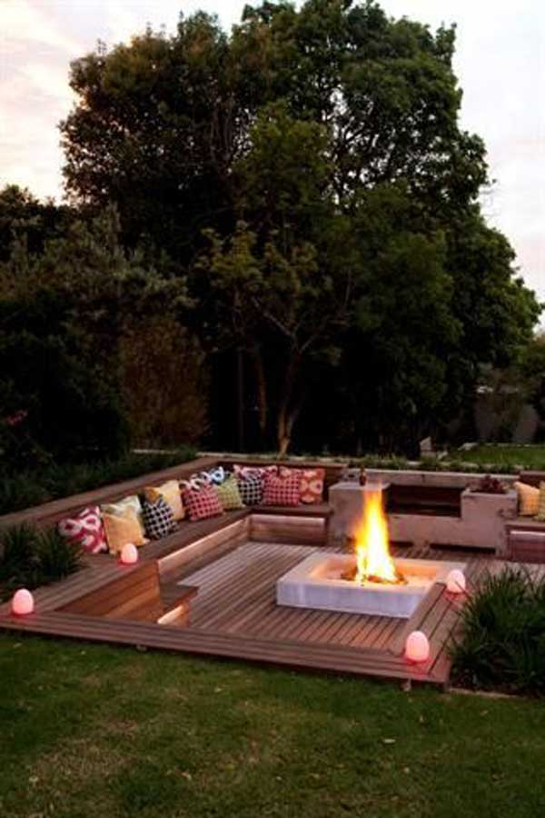 23 Simply Impressive Sunken Sitting Areas For a Mesmerizing Backyard Landscape homesthetics decor (6)