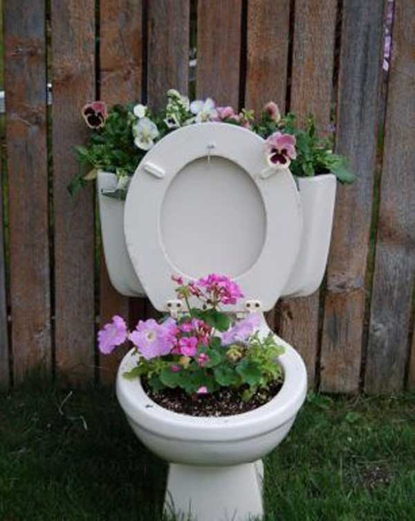 24 Highly Creative Yet Inexpensive Recycled Flower Pots For Your Household homesthetics decor (6)