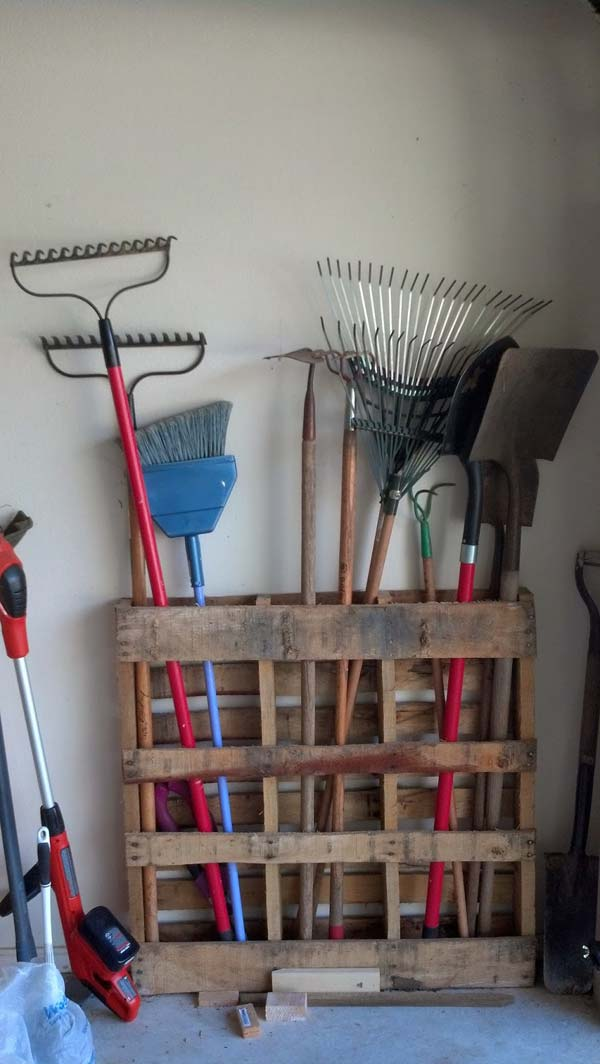 25 Beautiful Cheap Pallet DIY Storage Projects to Realize With Ease homesthetics projects and crafts (15)