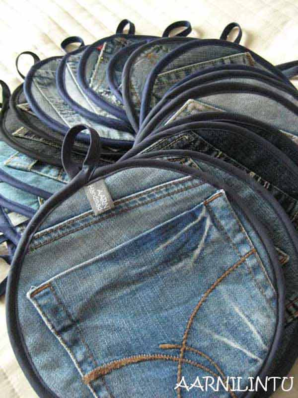 25 Unusual Cool Ways to Upcycle Old Denim Into DIY Projects homesthetics decor (12)