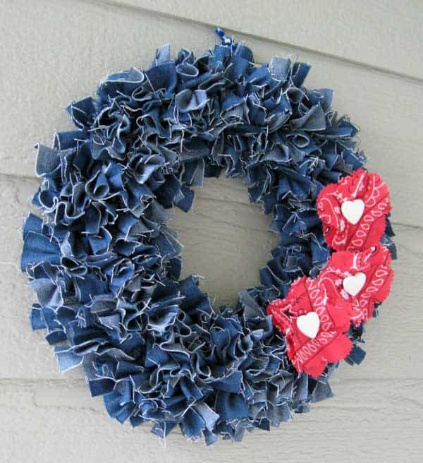25 Unusual Cool Ways to Upcycle Old jeans Into DIY Projects homesthetics decor