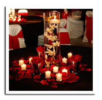 17 Do-it-yourself Elegantly Made Centerpieces For A Winter Wedding (6)