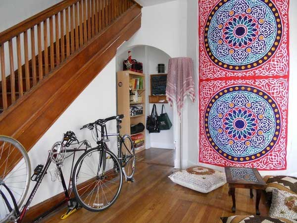 30 Design Ideas on How to Decorate With Bikes in Your Household homesthetics decor (12)