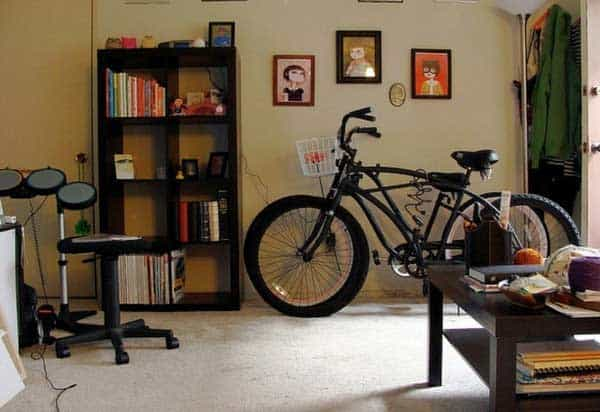 30 Design Ideas on How to Decorate With Bikes in Your Household homesthetics decor (17)