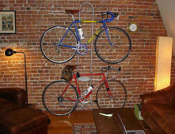 30 Design Ideas on How to Decorate With Bikes in Your Household homesthetics decor (3)