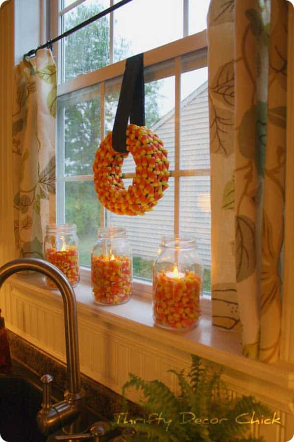 30 magical diy fall decorations for your household for Homemade fall decorations for home
