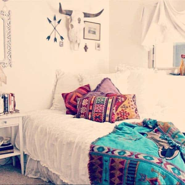 35 Mesmerizing Boho-Chic Interiors Infused With Love homesthetics decor (6)
