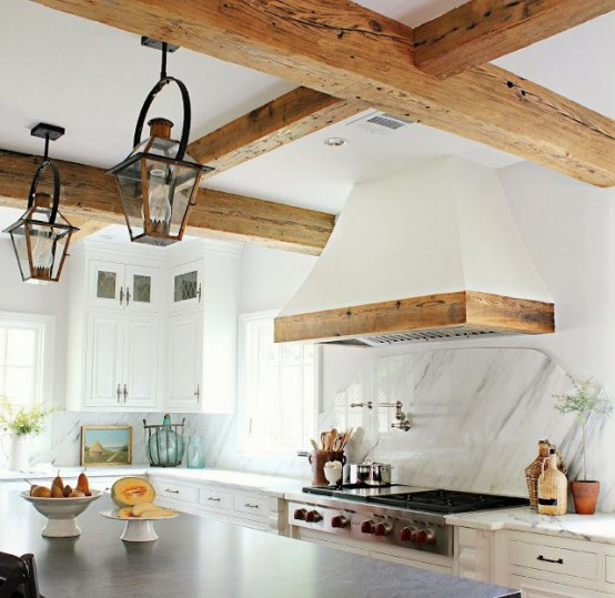 16 Perfect Kitchen Designs For Classy Homes: Elegant Vent Hoods Designs Perfect For Any Kitchen