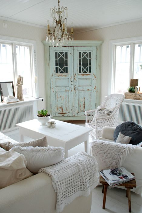 Top 20 Dreamy Shabby Chic Living Room Designs-homesthetics (5)