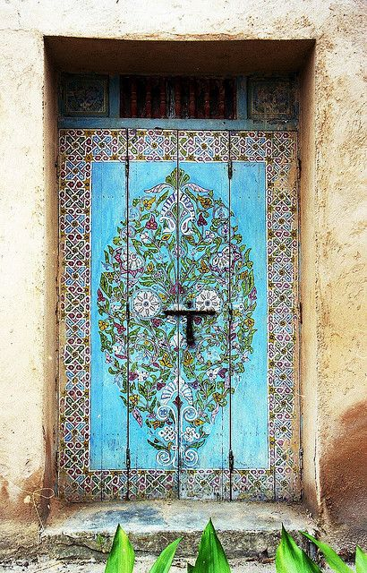 Top 20 Out Of This World Magical Door Designs-homesthetics (15)
