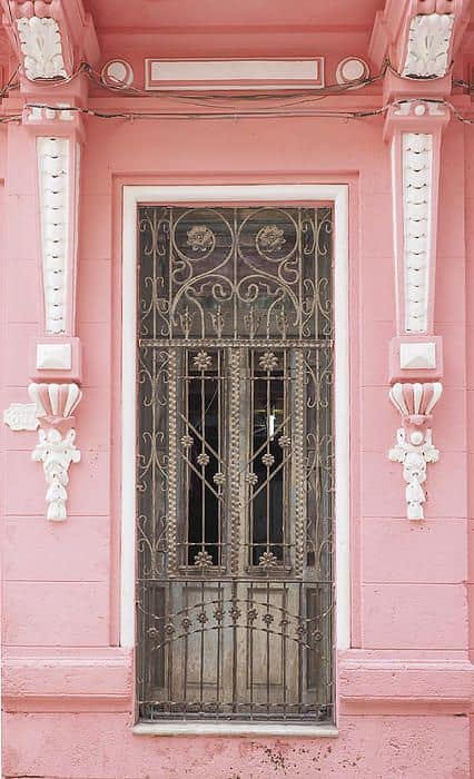 Top 20 Out Of This World Magical Door Designs-homesthetics (8)