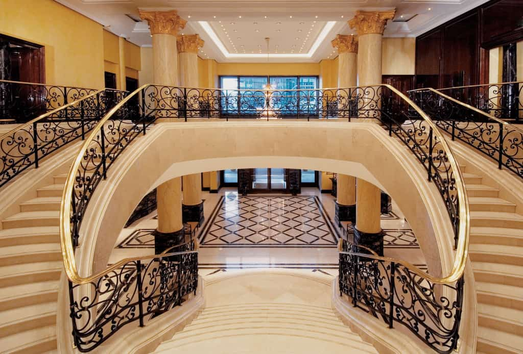 16 Awesome Mansion StaircasesFor Your Dream Home