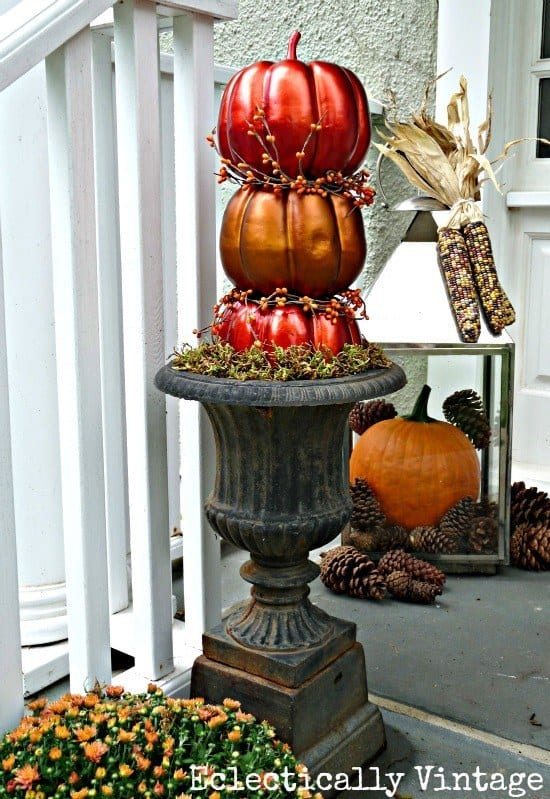 21 Autumn Porch Ideas That Will Make You The Envy Of Your Neighbors (15)