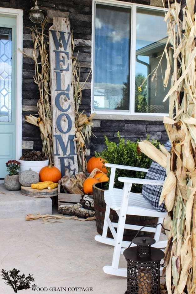 21 Autumn Porch Ideas That Will Make You The Envy Of Your Neighbors (17)