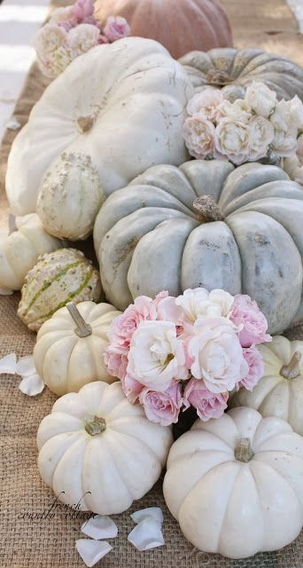 21 Charming White Pumpkin Fall Decorations For Your Household homesthetics decor (10)