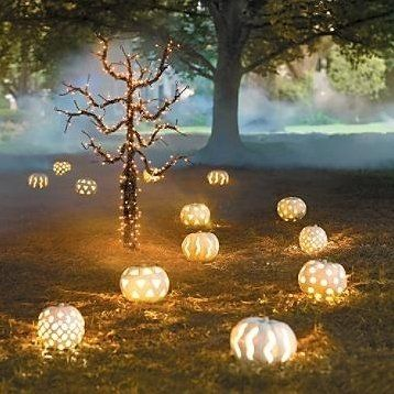 21 Charming White Pumpkin Fall Decorations For Your Household homesthetics decor (20)