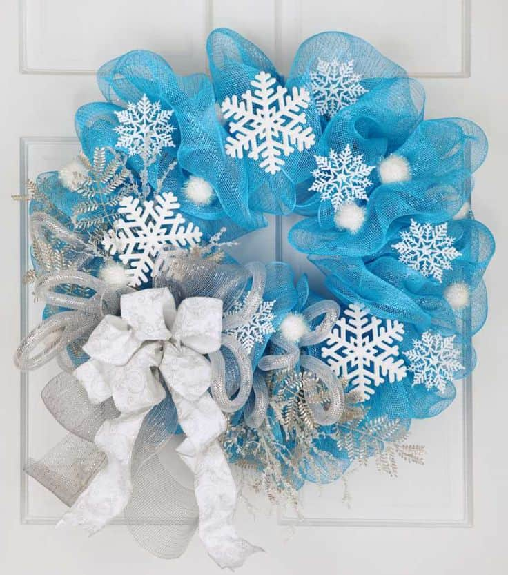 17 make and sell decorative wreaths