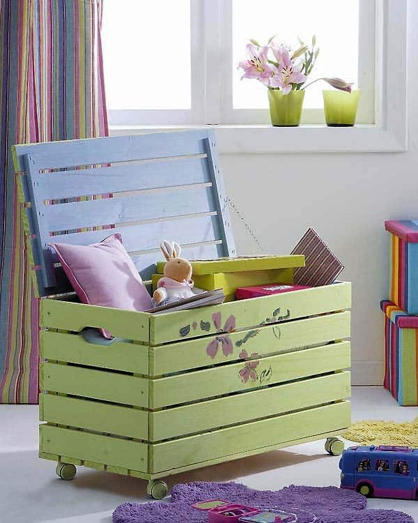 #20 A SMALL WOODEN PALLET BOX CAN SHELTER BOTH BOOK AND TOYS