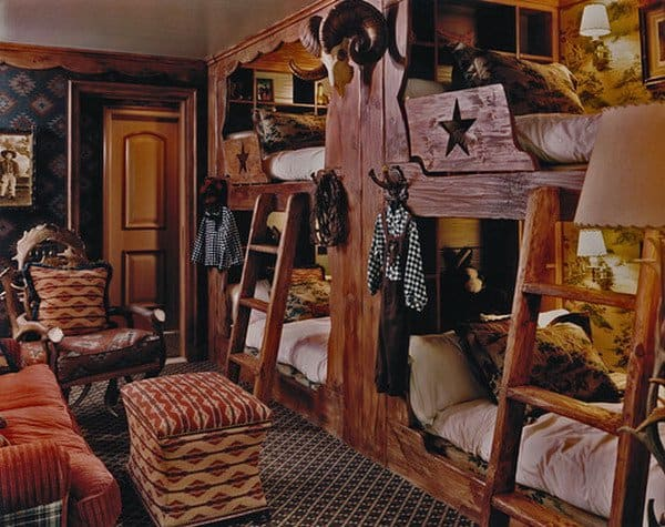 #31 THIS DOUBLE DECKER ROOM COULD NOT LOOK MORE HOMEY ANDWELCOMING TO ANY GUESTS ENTERING THIS FAR