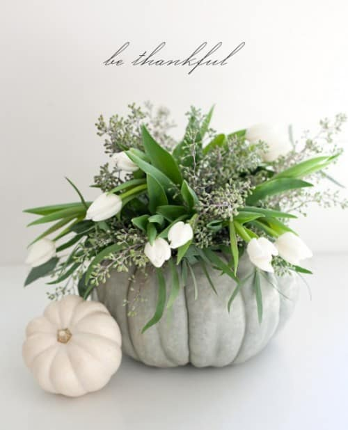 30 Thanksgiving Centerpieces Ideas For Your Home Decor This Fall (1)