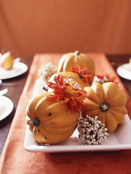 30 Thanksgiving Centerpieces Ideas For Your Home Decor This Fall (16)