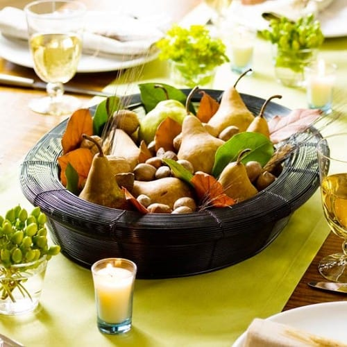 30 Thanksgiving Centerpieces Ideas For Your Home Decor This Fall (2)