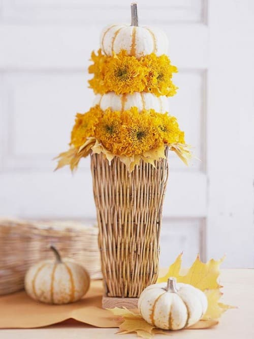 30 Thanksgiving Centerpieces Ideas For Your Home Decor This Fall (20)