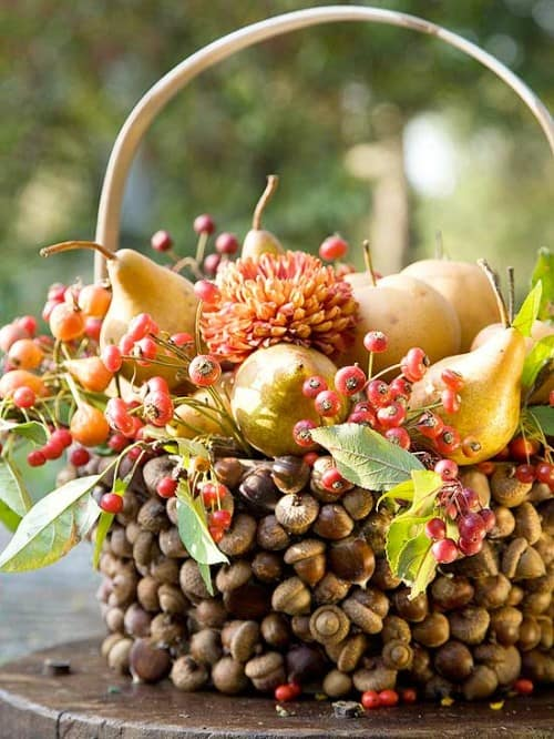 30 Thanksgiving Centerpieces Ideas For Your Home Decor This Fall (4)