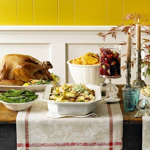 30 Thanksgiving Centerpieces Ideas For Your Home Decor This Fall (9)