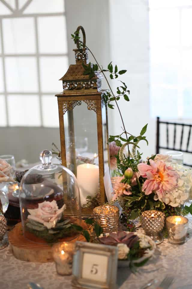 32 Simply Breathtaking Cloche and Bell Jar Decorating Ideas For Magical Weddings homesthetics decor ideas (5)