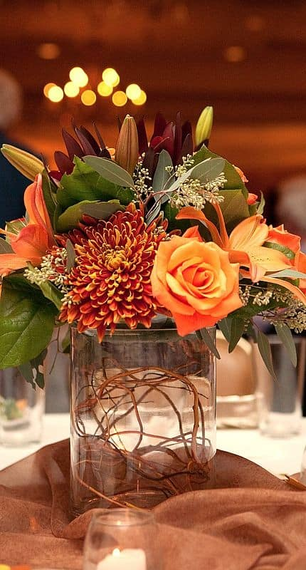 Charming Fall DIY Centerpieces Projects Ready to Beautify Your Home homesthetics decor (13)