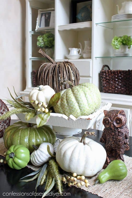 Charming Fall DIY Centerpieces Projects Ready to Beautify Your Home homesthetics decor (15)