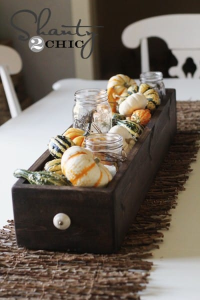 Charming Fall DIY Centerpieces Projects Ready to Beautify Your Home homesthetics decor (9)