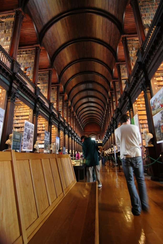 If You Are A Book Lover Here Are The Best 30 Places To Be (1)