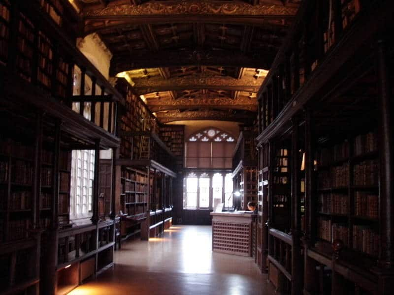 If You Are A Book Lover Here Are The Best 30 Places To Be (23)