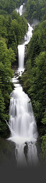 The Most Spectacular Waterfalls Around The World To Add To Your Vacation List Of To Do Things (19)