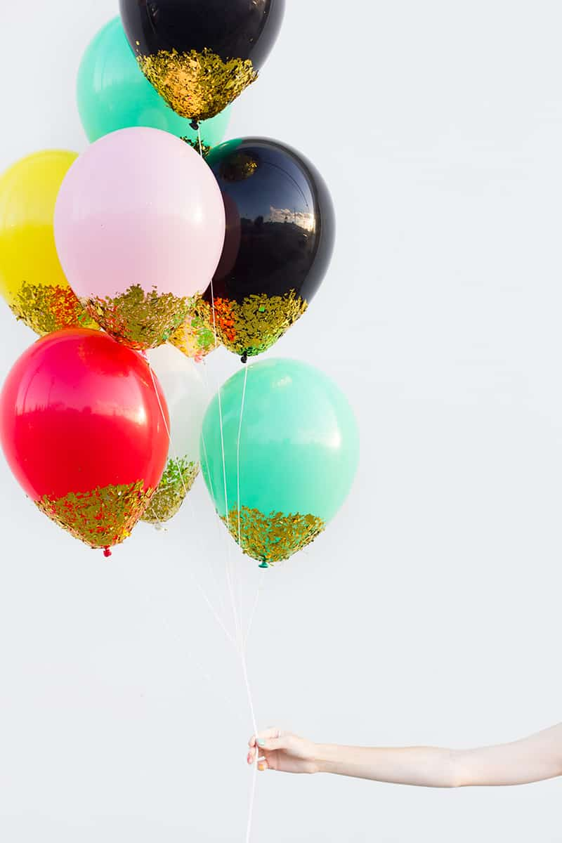 13 Ways to Use Balloon Decorations in Shower Celebrations homesthetics decor (2)