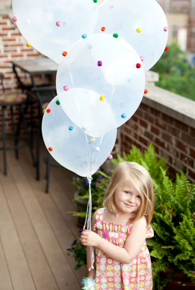 13 Ways to Use Balloon Decorations in Shower Celebrations homesthetics decor (4)