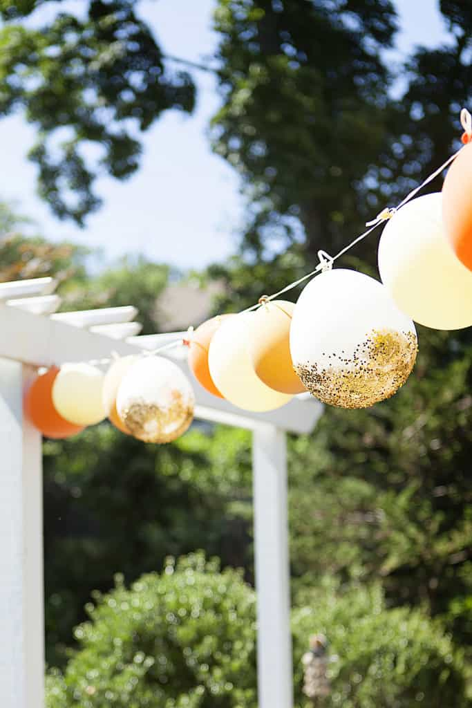 13 Ways to Use Balloon Decorations in Shower Celebrations homesthetics decor (7)
