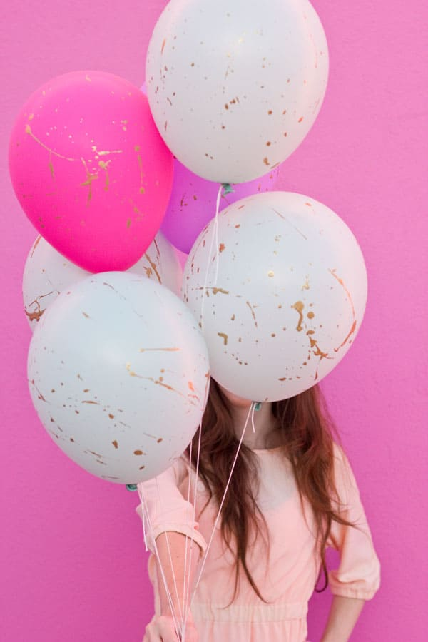 13 Ways to Use Balloon Decorations in Shower Celebrations homesthetics decor (9)