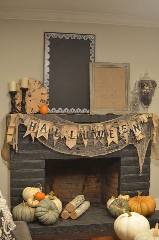 15 Simple Breathtakingly Ingenious and Beautiful Burlap DIY Fall Decor For Your Home homesthetics decor (15)