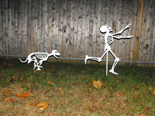 17 Super Ingenious Smart Easy-to-Make Halloween Decor For Your Household homesthetics decor4 (13)