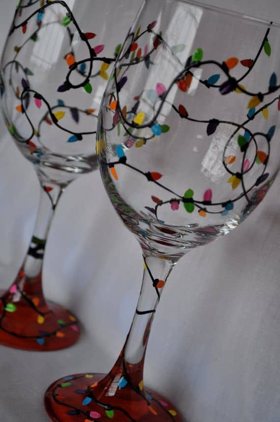 19 painted wine glass ideas to try this season 2 hand painted christmas lights painted wine glass idea solutioingenieria