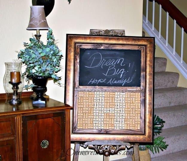 21 Smart DIY Wine Bottle Crafts That Will Beautify Your Household homesthetics decor (19)