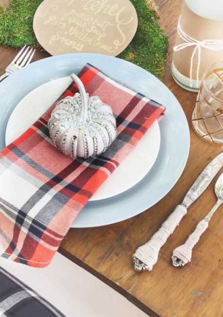 23+ Insanely Beautiful Thanksgiving Centerpieces and Table Settings homesthetics decor ideas (12)