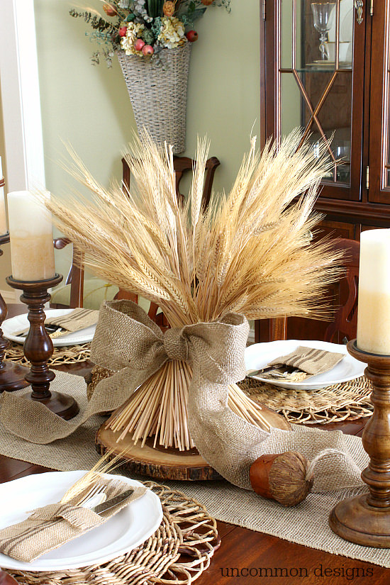 23+ Insanely Beautiful Thanksgiving Centerpieces and Table Settings homesthetics decor ideas (21)