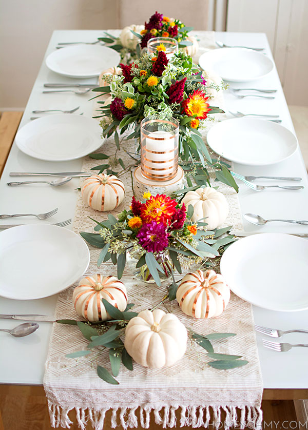 23+ Insanely Beautiful Thanksgiving Centerpieces and Table Settings homesthetics decor ideas (5)